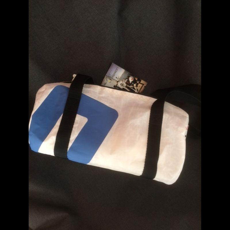 kleine runde Tasche 3